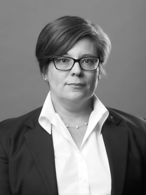 Amanda L Moressi